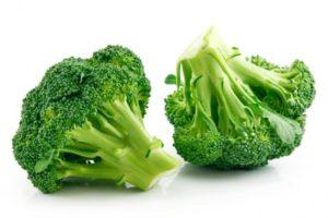 2 heads of broccoli
